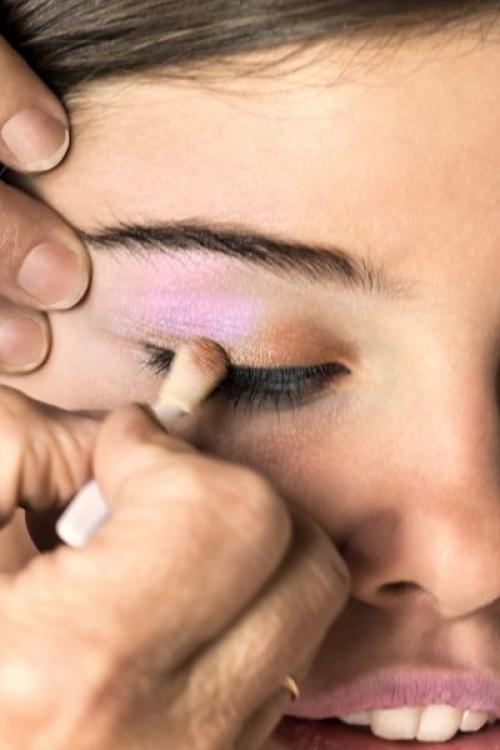 Растушевка теней. Как правильно растушевывать тени на глазах?
