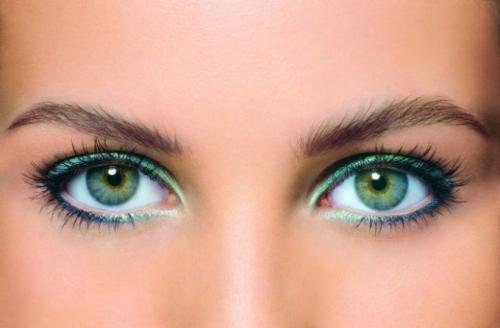 Как правильно красить глаза зеленые. Как красить глаза зелёного цвета