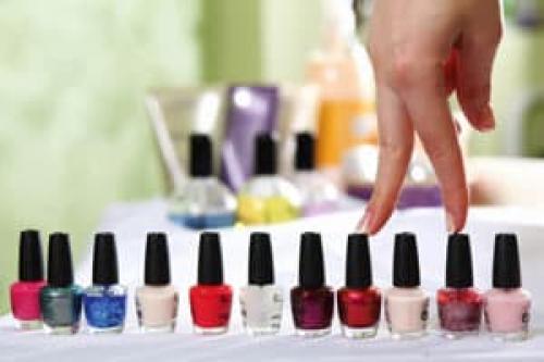 Что означает разный цвет лака на ногтях. Как правильно выбрать цвет лака по фэншую