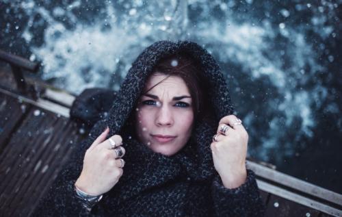Уход за жирной и проблемной кожей лица зимой. Необходимые этапы зимнего ухода за кожей