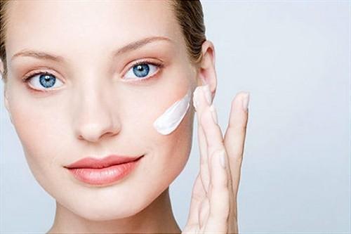 Матирующий крем для проблемной кожи. Как правильно выбрать матирующий крем