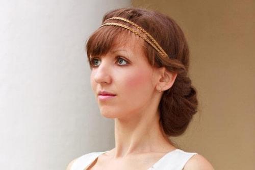 Как сделать прическу в греческом стиле на длинные волосы самой себе. Как украсить длинные волосы греческой прической