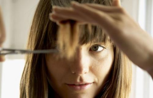 Как сделать челку не обрезая волосы. Челка без обрезания волос – кардинальные перемены без кардинальных мер