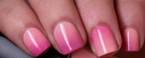 Как делать градиент на ногтях гель-лаком губкой без пузырьков. Как сделать розовый градиент на ногтях губкой и гель-лаком без пузырей — мастер-класс с пошаговыми фото