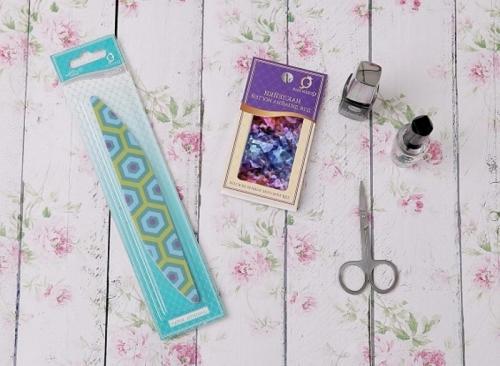 Битое стекло на ногтях, как делать на гель лак пошагово. Пошаговая инструкция: как сделать «битое стекло»