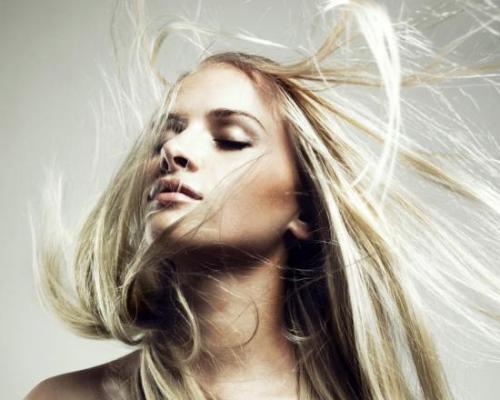 Средство для кудрявых волос, чтобы не пушились. Пушистость волос: что делать?