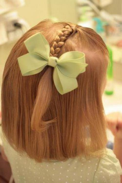 Косички на средние волосы для маленьких девочек. Прически маленьким девочкам: непривычные косички