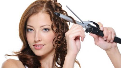Укладка на волосы средней. Укладка плойкой – техника и правила