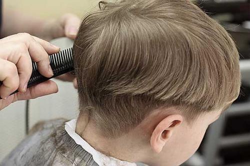 Как подстричь мальчика поэтапно. Как дома самой подстричь ребенка мальчика?