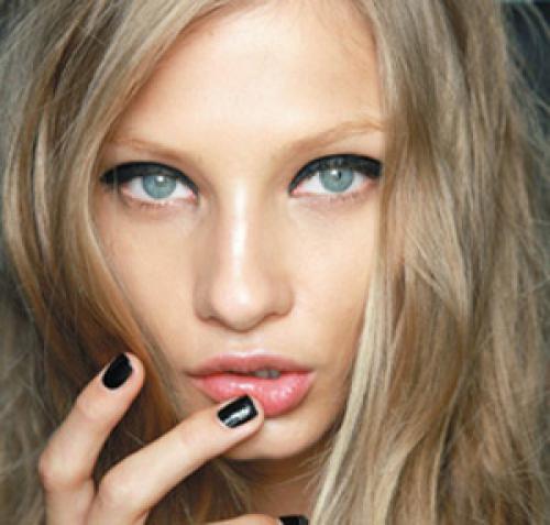 Какой цвет волос подходит к серым глазам. В зависимости от цветотипа