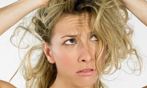 Как уложить волосы кудрявые средней длины в домашних условиях. Что такое «непослушные волосы»