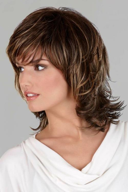 Чем отличается стрижка дебют от каскада. Стрижка дебют: идеальная прическа для любой длины волос