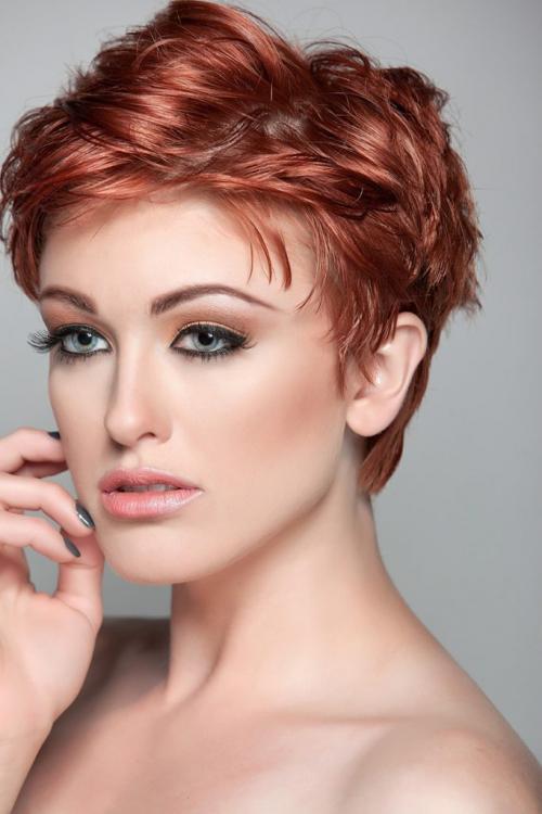 Прически на жидкие тонкие волосы. Стрижки для тонковолосых с учётом формы лица Стрижки для тонких волос впечатляют разнообразием. Какую причёску выбрать? Ориентируйтесь на свой вкус, но учитывайте особенности лица: