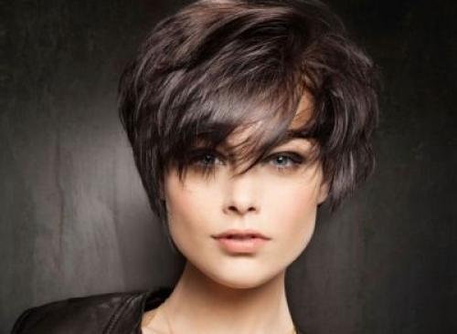 Женская короткая стрижка пошагово. Техника стрижки на короткие волосы (60 фото): варианты исполнения