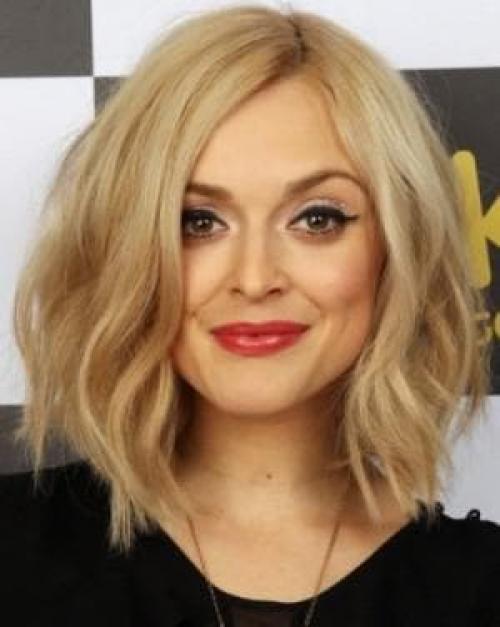 Как подстричь волосы, чтобы не укладывать. Как можно подстричься, чтоб не укладывать волосы и хорошо выглядеть на короткую шевелюру