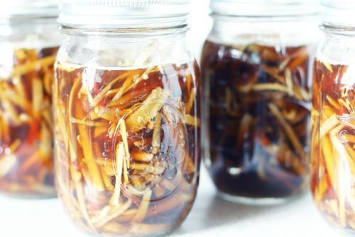 Репейное масло с красным перцем для бровей. Репейное масло для бровей: описание