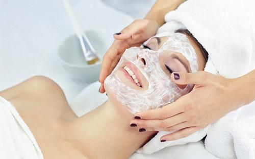Маска против жирной кожи лица. Домашние маски для жирной кожи лица