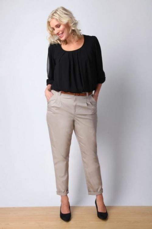 Брюки которые стройнят. 7моделей брюк, которые стройнят имолодят, авыглядят статусно иэлегантно. Идеальный выбор для женщин после 50 лет