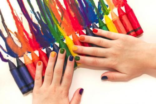 Какой цвет лака смотрится на коротких ногтях. Как выбрать лак для коротких ногтей: 5 главных правил