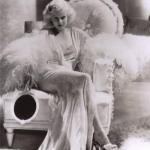 Романтичный и хрупкий стиль 30-х годов с джин харлоу.